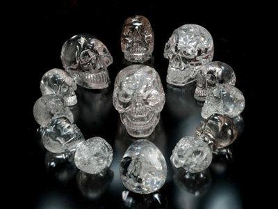 Les 13 crânes de cristal et leur force ancestrale divulguée