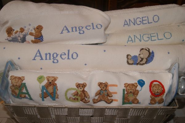 Serviettes brodées....Angelo