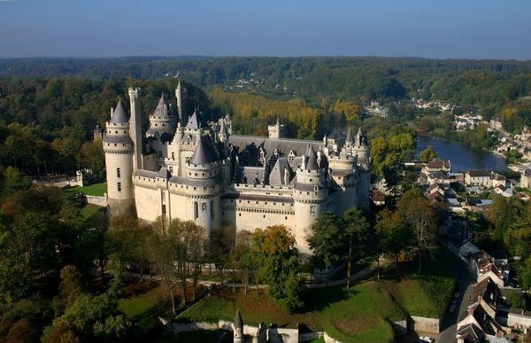 L'Oise célèbre le bicentenaire de l'anniversaire de Viollet-le-Duc