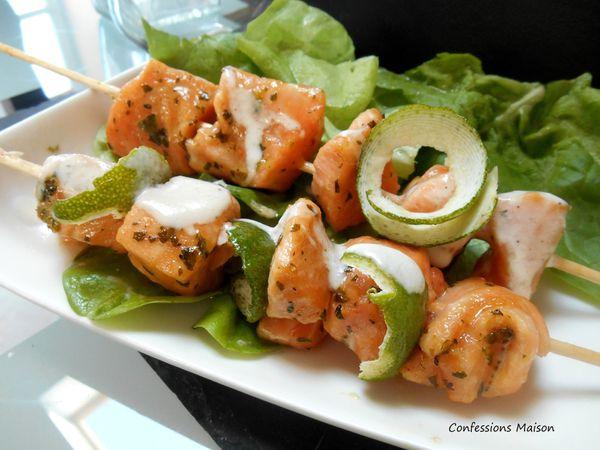 Brochettes de saumon citron vert, coco &amp&#x3B; coriandre