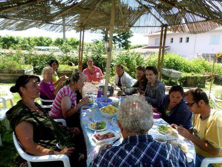 Une journée de travail collectif au Jardin du Trocoeur