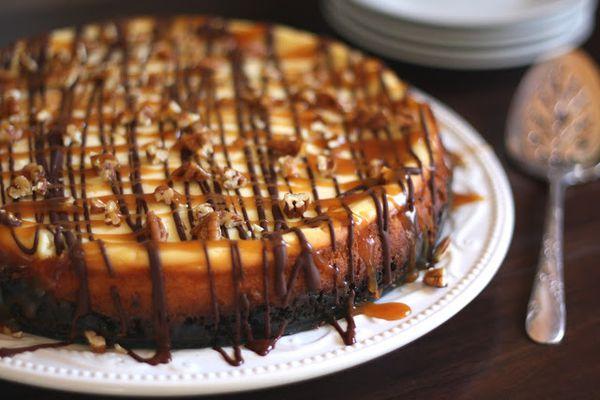 Tarte cheesecake caramel chocolat noix de pécan