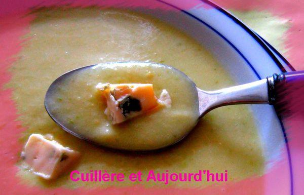 Soupe de courgette au bleu