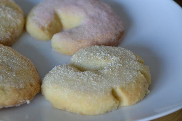 Petits croissants à la vanille et à la framboise