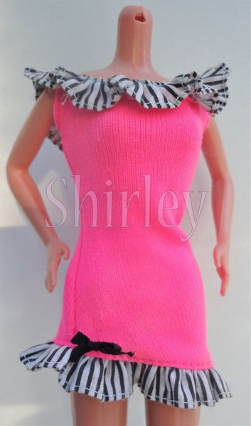 VÊTEMENTS BARBIE 1991
