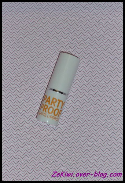 MODELCO PARTY PROOF LIPSTICK