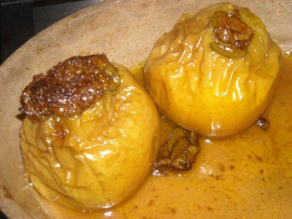 Pommes confites au miel et à la pistache