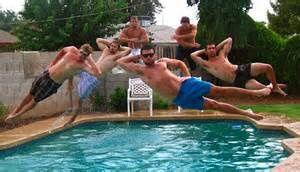 A la piscine...