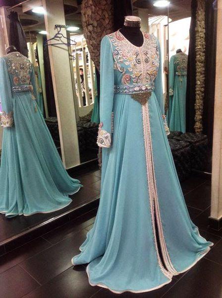 Caftan bleu ciel haute couture