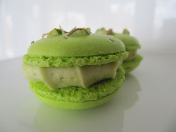 MACARONS PISTACHES COQUES AU COOK'IN
