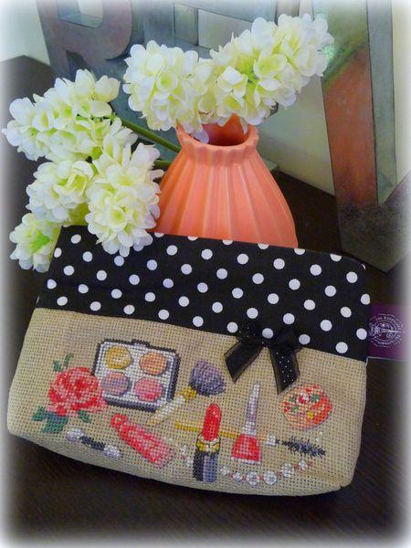 Trousse &quot&#x3B;Petite Daisy&quot&#x3B; Les Brodeuses Parisiennes
