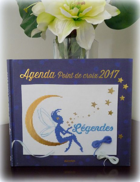 Agenda point de croix  Mango 2017 &quot&#x3B;Légendes&quot&#x3B;