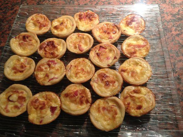 Mini tartelettes pâte brisée au parmesan, bacon et leerdammer