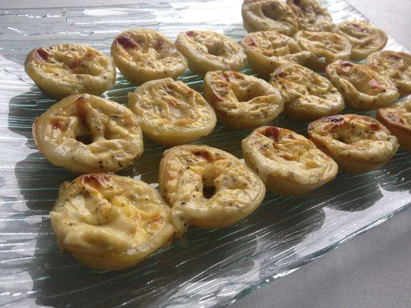 Mini tartelettes au pesto et chèvre