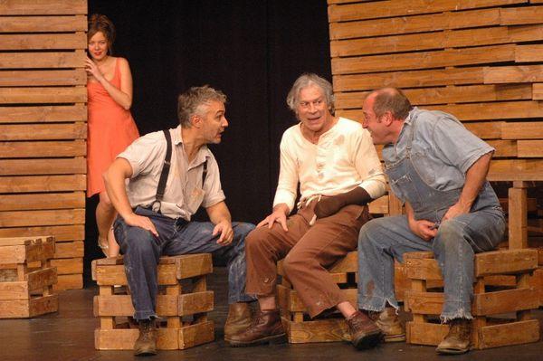 DES SOURIS ET DES HOMMES De John Steinbeck     Mardi 20 mai 2014 - A 21h  Palais de l'Europe - Théâtre Francis Palmero