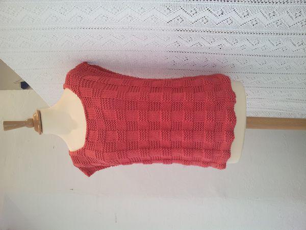 Un joli top à tricoter pour les beaux jours