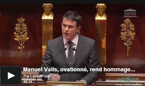 Rupture de ton et recours aux images mentales : les clefs du discours réussi de Manuel Valls à l'Assemblée