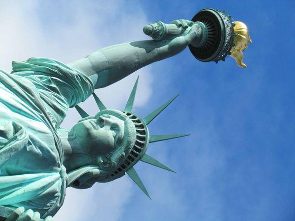 NEW YORK : Statue de la liberté et Ellis Island