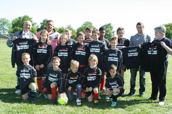 Les jeunes footballeurs équipés