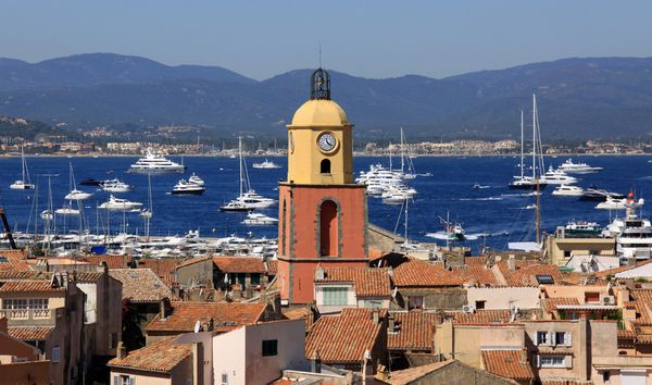 Salon d'art contemporains (Saint Tropez-83)