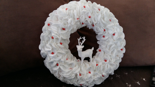 Tuto: une couronne de Noël  version chantilly