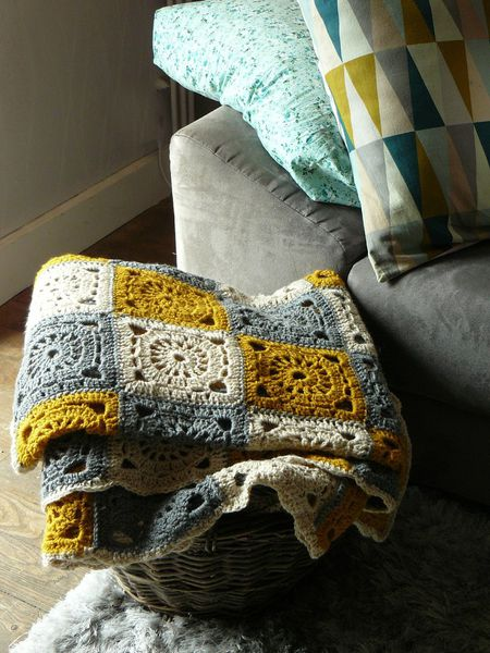 Faire un plaid au crochet.