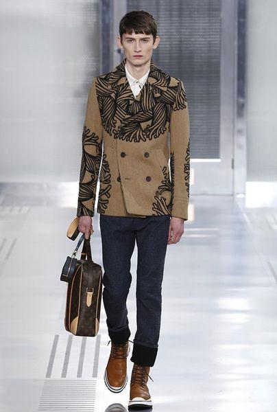 Sexy et raffiné, au Parisien avec Vuitton il ne faudra pas simplement aiguiser sa plume...