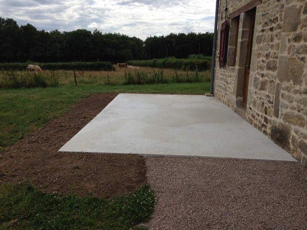 Création d'une terrasse béton - carrelage