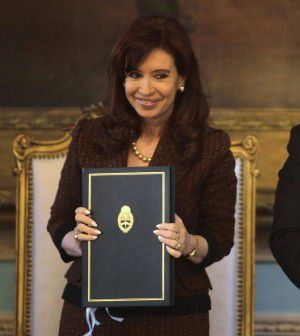 Tango bond: la Kirchner nazionalizza i titoli e mette fuori gioco i tribunali americani