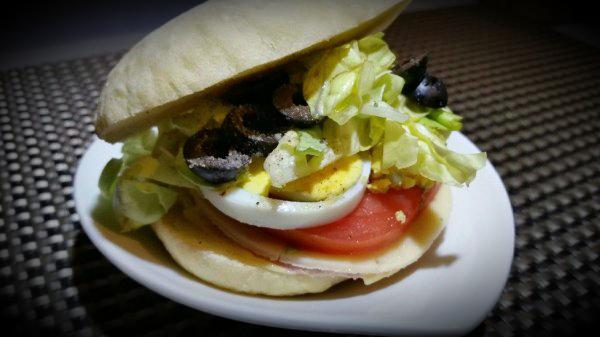 Pain pita pour sandwichs gourmands