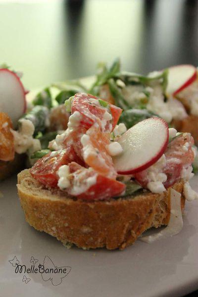 Tartinette de saumon et légumes pour l'apéro