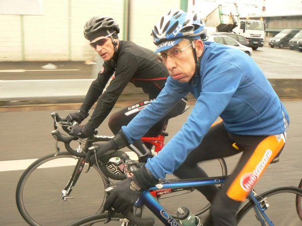 Jacques CARRERE soupir aux côtés de Jean-Claude DRUAIS.