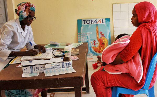 Consultation dans un centre de santé de Basra. Crédit : MLK
