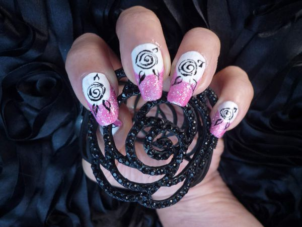 "Nail art french effet ""sucre"" rose."