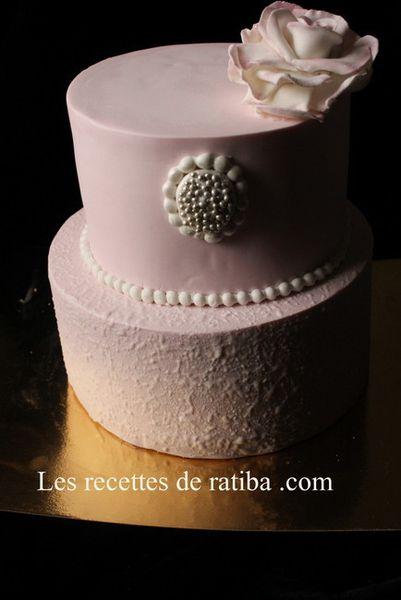 Gâteau d'anniversaire sur commande.