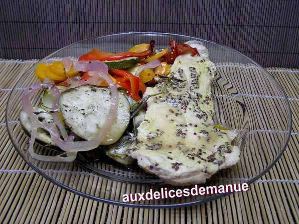 filet de poulet cuit entre 2 couches de légumes - LIGHT-