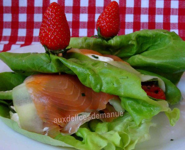 feuilles de laitue garnies à la truite fumée et légumes -LIGHT-