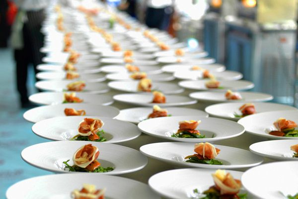 Choosing a Restaurant Catering Equipment