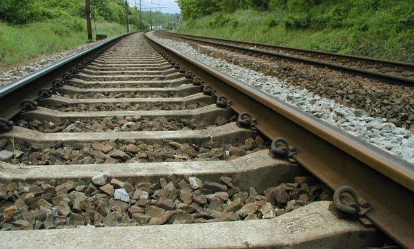 Près de 7500 traverses attendues pour stabiliser la voie ferrée Kinshasa-Matadi