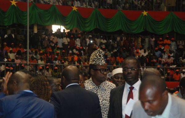 Le Maréchal Mobutu à Ouagadougou, en sosie