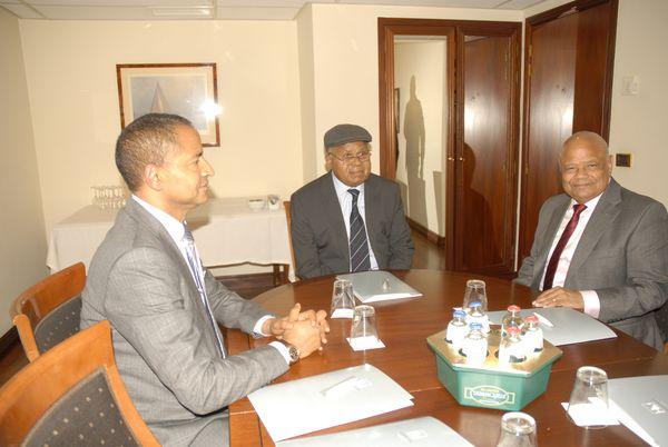 Katumbi, Tshisekedi et Katebe Katoto à Bruxelles le 30 octobre 2015 (Photo Cheik Fita)