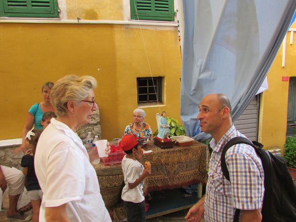 Elisabeth BONDANELLI, Présidente, en compagnie de Dominique BON, Historien