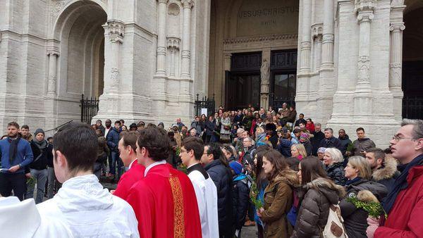 Pétition : Soutenez le maintien de la Fraternité des Saints-Apôtres au sein de l'Eglise de Belgique