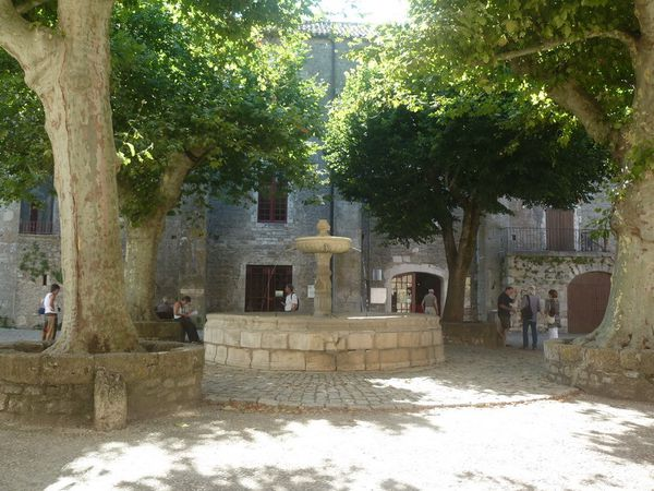 FONTAINE (3)
