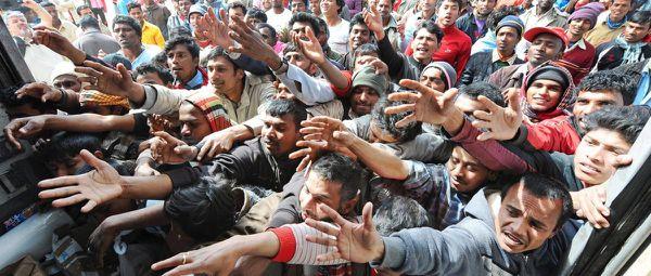 L'invasion migratoire  continue ! Révolution Conservatrice! Chasser les gouvernements traitres, lâches et félons partout en Europe!