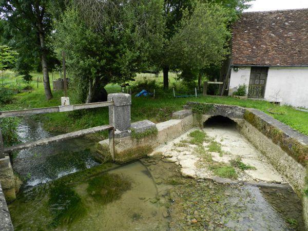 Veaugues: le Moulin d'en Bas