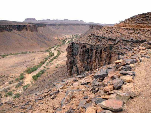 La passe d'Amogjar dans le nord de la Mauritanie (région de l'Adrar, non loin d'Atar).