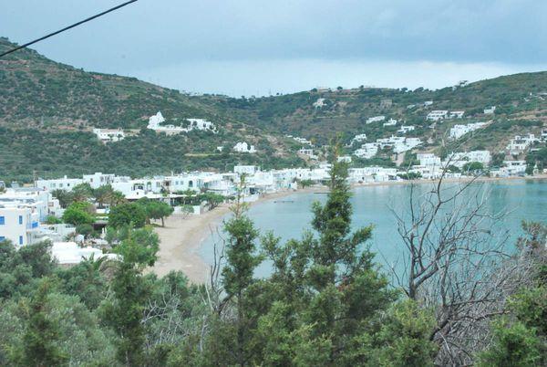 A SIFNOS au sud-est, Platis Gialos