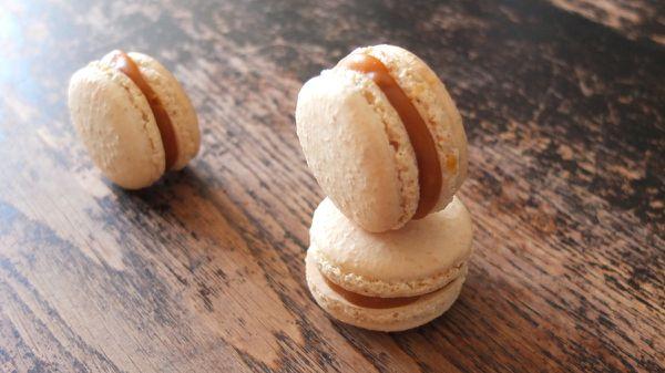 Macaron caramel beurre salé et noix