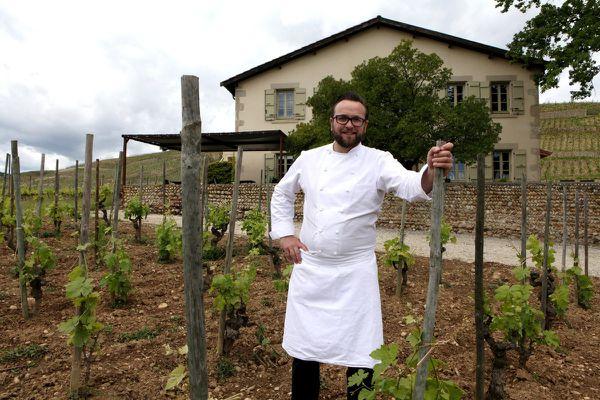 La Maison Gambert est posée au milieu des vignes de Tain L'Hermitage. Un décor qui a conquis Mathieu Chartron.  © Jean Bernard